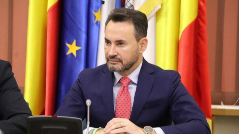 """Gheorghe Falcă: """"Cioloș, la fel ca PSD, susține un candidat incompatibil cu cerințele Comisiei Europene"""""""