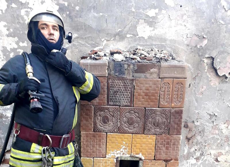 Clădirea fostei Unități Militare din Gai a luat foc