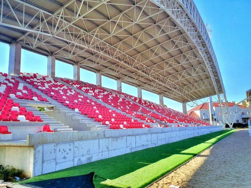 Evoluează lucrările la stadionul UTA