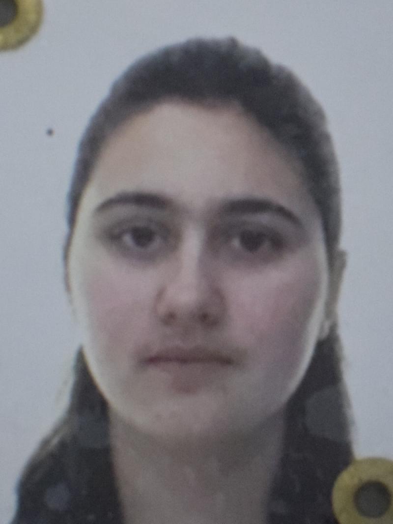 EBÎNCĂ CRISTINA FRANCESCA, fata care a fost dată dispărută a fost GĂSITĂ. AFLĂ unde au găsit-o polițiștii