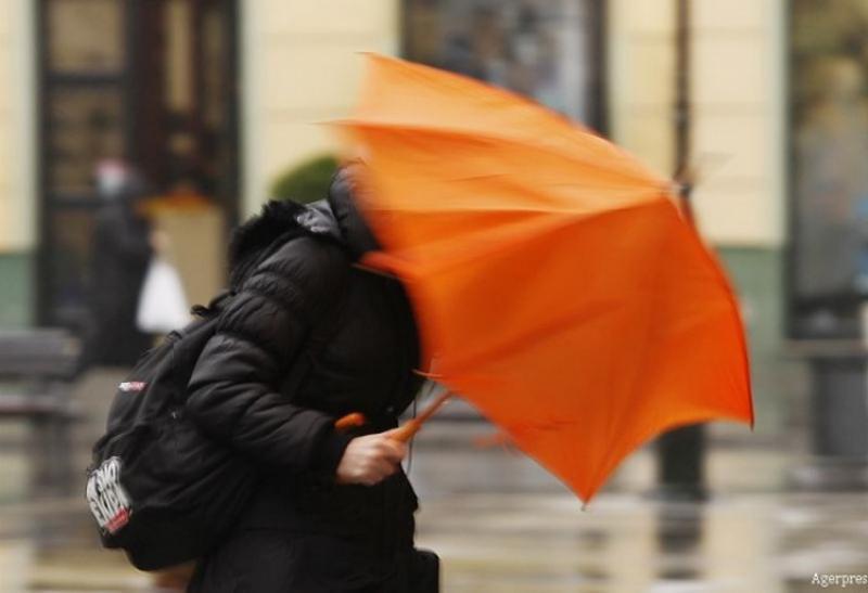 Alertă ANM: Cod galben de vreme severă imediată în județul Arad