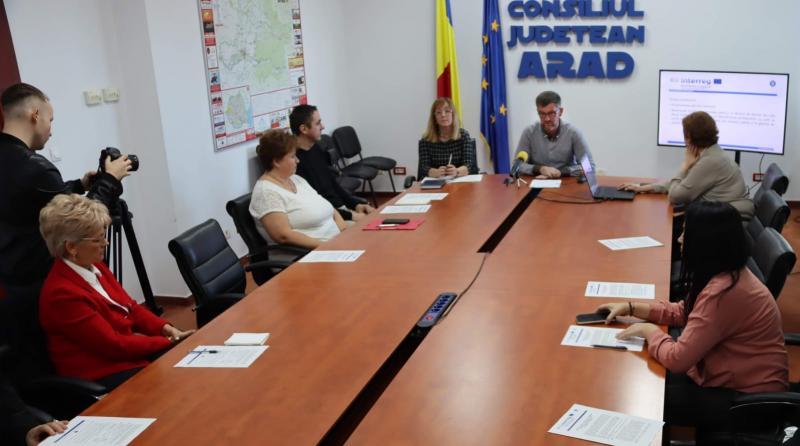 Parteneriat pentru un viitor mai bun între Arad, Biblioteca Județeană și Bekes