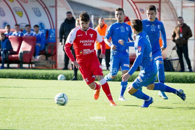 """Golul lui Ursu aduce succesul contra """"marinarilor"""": UTA – Farul 1-0"""