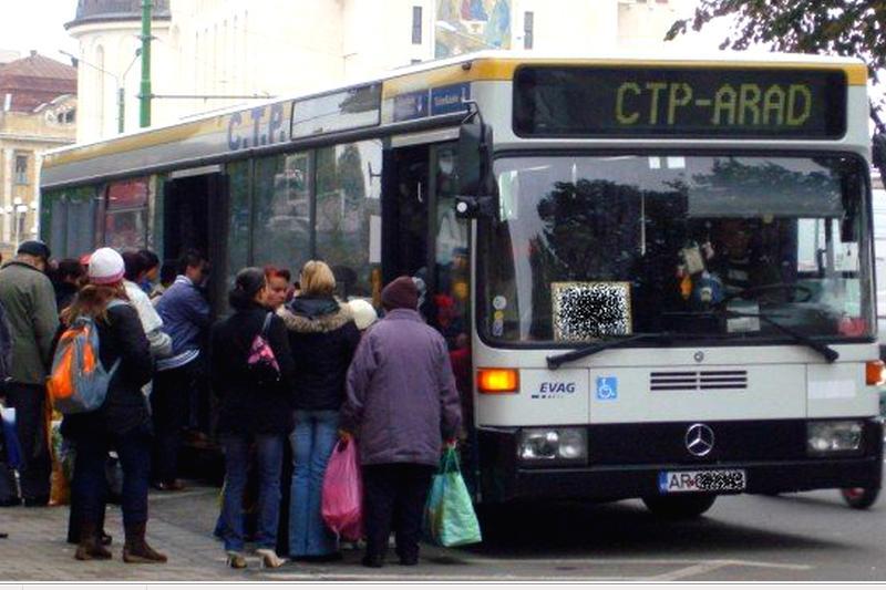 Patru trasee judeţene vor fi preluate de un nou operator de transport