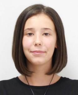 ALERTĂ ! Iasmina este din Arad are 15 ani și este dată DISPĂRUTĂ ! Dacă o RECUNOȘTI sună la 112