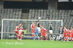 """Două puncte pierdute pe final după un nou autogol: """"U"""" Cluj - UTA 1-1"""
