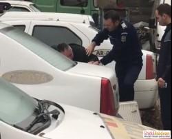 Scene melodramatice în curtea IPJ Arad. Fost ofiţer DGA într-o criză cu lacrimi după ce a fost pus sub control judiciar