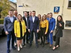 Sergiu Bîlcea a votat înconjurat de tineri