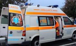 O fetiță de 10 ani a fost lovită de mașină, sâmbătă dimineața