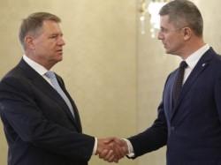 Liderii USR şi PMP îşi îndeamnă susţinătorii şi simpatizanţii să pună ştampila pe Klaus Iohannis în turul 2