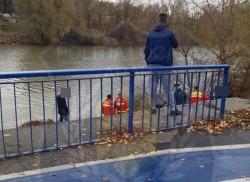 O femeie s-a aruncat în Mureș și a ajuns în stop cardio-respirator