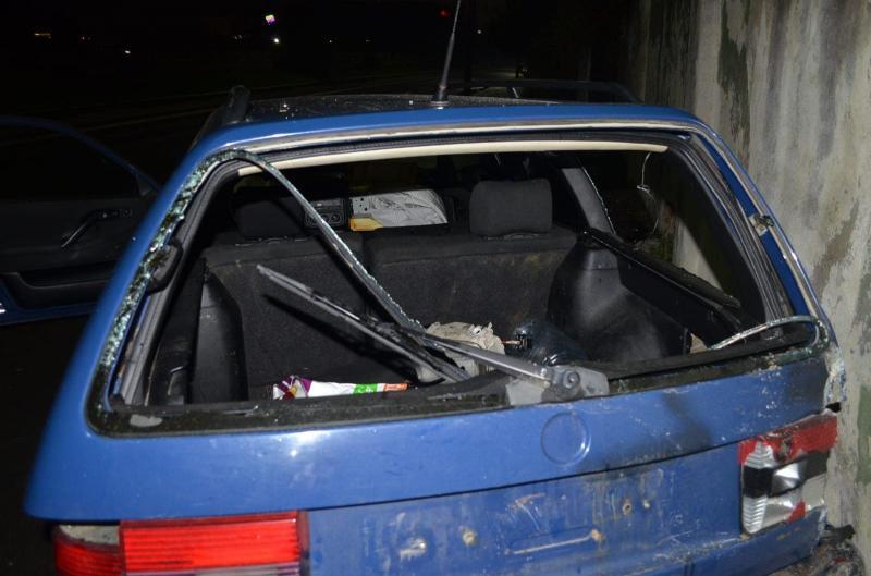 Groază în centrul Aradului! Un bărbat nervos a distrus șapte mașini! A fost nevoie de luptători SAS pentru a-l imobiliza