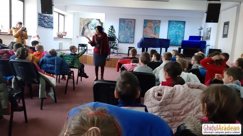 "La Colegiul de Arte"" Sabin Dragoi"" a avut loc editia a XVIII-a a Festivalului Coral Doru Serban"