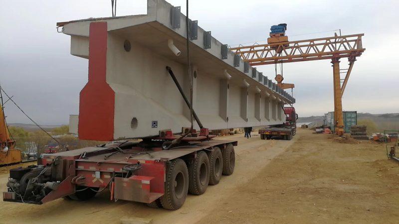 Atenție, șoferi! Două transporturi agabaritice vor străbate țara până în NĂDLAC II PTF