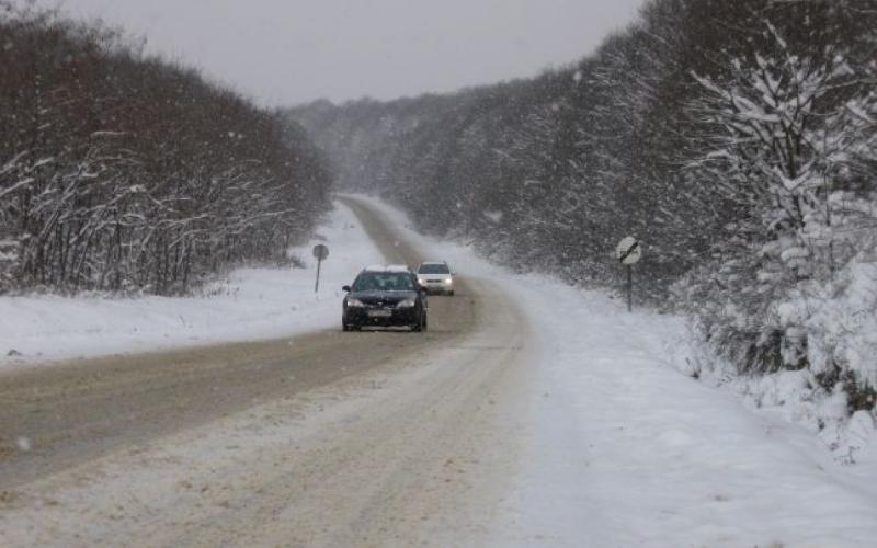 Atenție șoferi! Circulați preventiv în condiții de iarnă