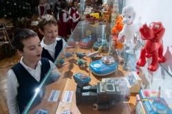 Expoziție de jucării produse în țară și Arad, la Muzeul de Artă