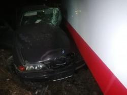 Un tânăr din Vladimirescu GRAV rănit după ce a intrat cu BMW-ul în tramvai