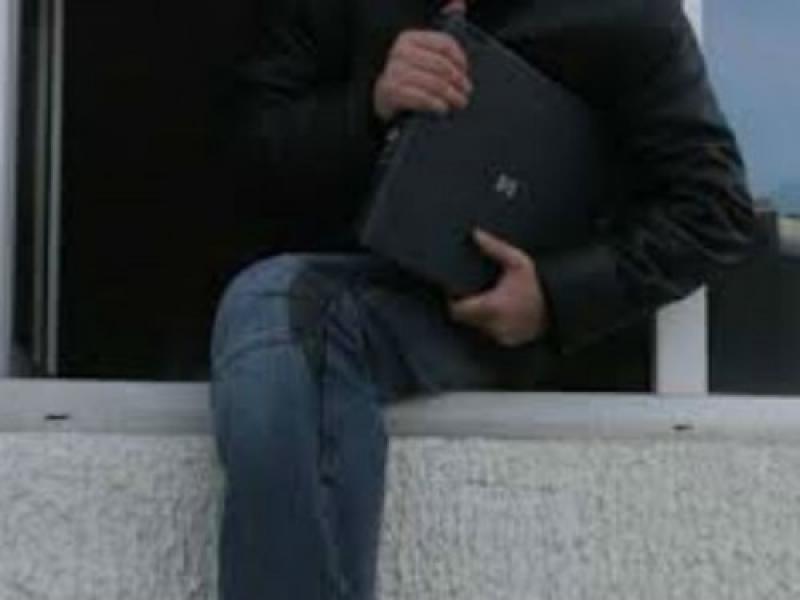 Hoț prins după ce a furat un laptop de 2.500 de euro din Gurahonț