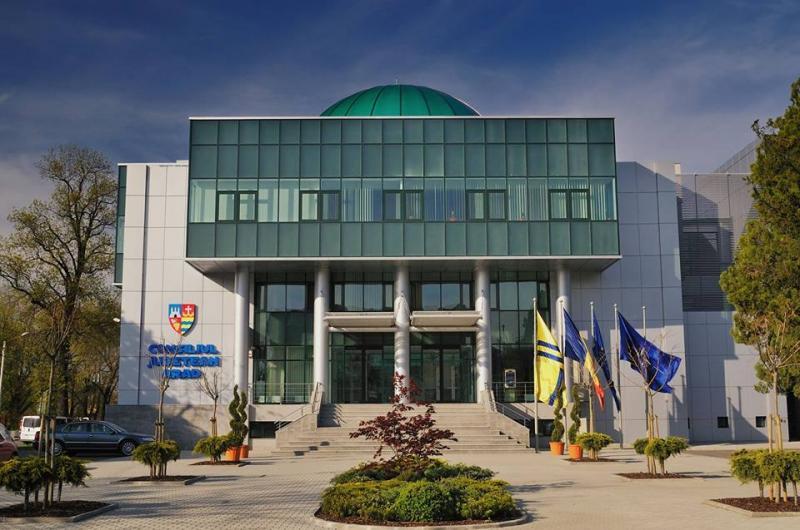 """Iustin Cionca: """"Anul 2019 a fost anul investițiilor care duc Consiliul Județean Arad pe primele locuri din România"""""""