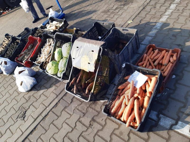 Sectorul legume-fructe din Piața Obor în atenția Poliției Locale
