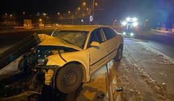 GRAV accident de circulație în noaptea de Revelion, la Reșița. Un polițist este în comă