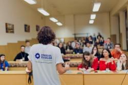 Consiliul Elevilor vrea ca școala să înceapă la 1 septembrie
