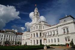 Primăria organizează o dezbatere publică. Cei interesați sunt așteptați la Palatul Administrativ