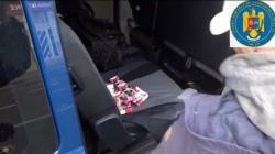 2.500 țigarete netimbrate confiscate de jandarmi arădeni