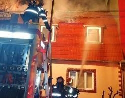 Casa cântăreței Sorina Manelista din Timișoara a luat FOC miercuri noaptea