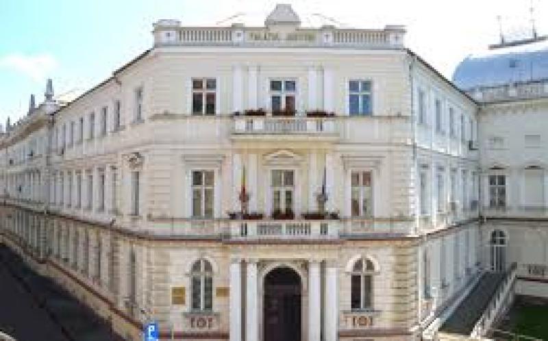 Tribunalul Arad reia de azi activitățile obișnuite de judecată