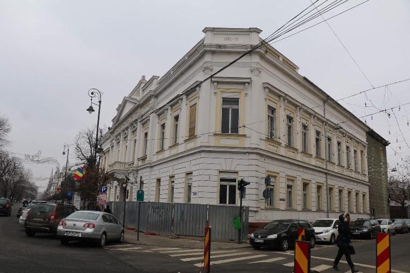 Consiliul Județean transformă palatul de pe B-dul Revoluției 81 într-o mândrie națională!