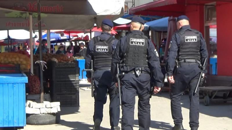 Jandarmii arădeni au aplicat amenzi de peste 10.000 de lei, weekend-ul trecut. Peste 36 de persoane au încălcat legea