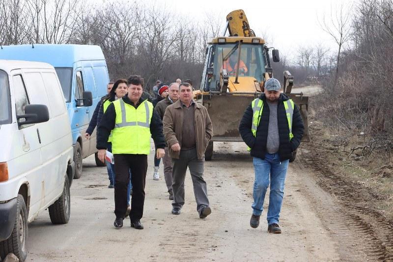 Iustin Cionca a scos pe șantier directorii din Consiliul Județean, la Târnova și Buteni!