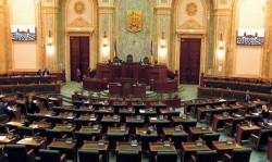 Moţiunea de cenzură împotriva Guvernului Orban va fi citită luni în Parlament