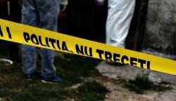 Crimă înfiorătoare în județul Bacău. Bărbat UCIS de parteneră și ASCUNS pe balcon