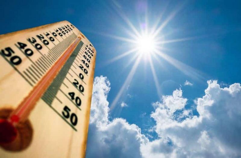 Sărim direct în vară! Vin temperaturi foarte mari! Cum va fi vremea în următoarea lună