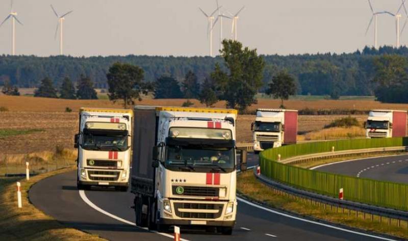 Cinci culoare de transport marfă în România