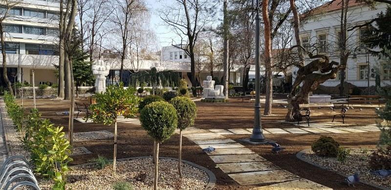 Parcul Buda Bujor din centrul Aradului aproape de finalizare