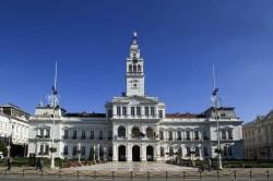 Program restrâns la Relații cu Publicul la Primăria Arad