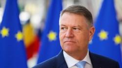 """Iohannis, apel cu tristeţe pentru românii din afara țării -  """"Să NU vină în acest an acasă de sărbători"""""""