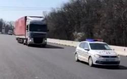 Un milion de măști au ajuns în România în cursul zilei de joi