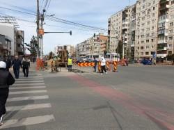 Continuă lucrările la reţeaua de canalizare de pe Calea Aurel Vlaicu