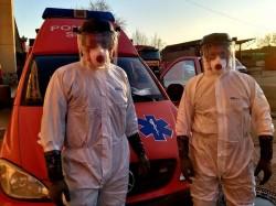 Echipamente de protecţie pentru ISU Arad în transportul specializat a persoanelor infectate cu Covid 19