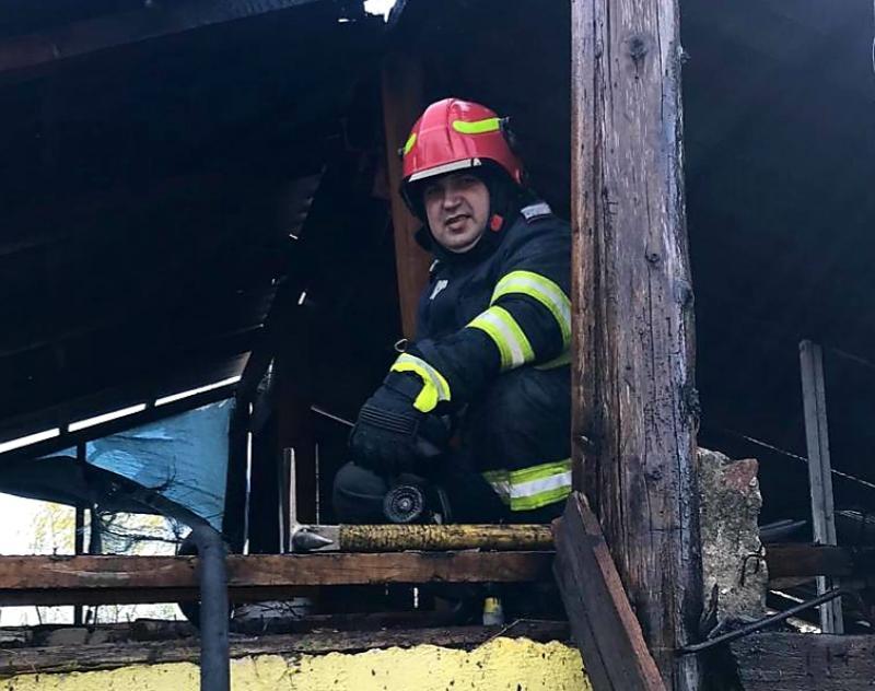 Pompierii arădeni fac un APEL către populație: Nu mai dați foc vegetației !