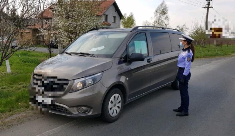 Transportul public de persoane, verificat de polițiștii arădeni