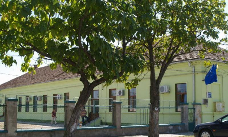 Beneficiarii Centrului de Îngrijire pentru Persoane Vârstnice din Arad au fost testaţi pentru depistarea SARS CoV 2