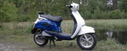 Tânăr din Păuliș se plimba nestingherit cu mopedul, fără a deține permis