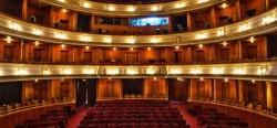 """Emoție, vers și credință în Săptămâna Mare, la Teatrul Clasic """"Ioan Slavici"""" Arad"""