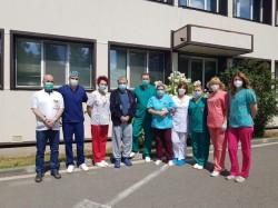 Intubat si ventilat mecanic, în lupta cu COVID-19 de două luni de zile, un arădean împreună cu echipa medicală au demonstrat că putem ieși învingători!