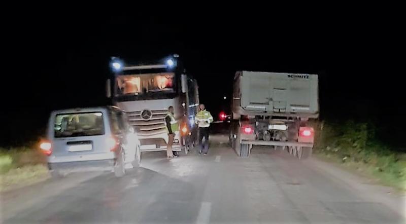 33 de amenzi într-o săptămână pentru cei care distrug cu camioane sau utilaje drumurile județene arădene
